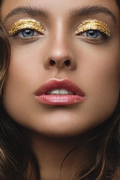 Photographer: Tatan Zuleta | Model: Alexis Marie Balliro