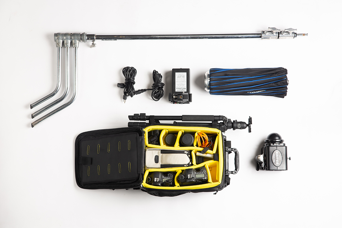 Senior and portrait photographer, Jamie Boler, highlights his go-to gear that includes and Einstein 640 Flash Unit and a Vagabond Mini Lithium battery.