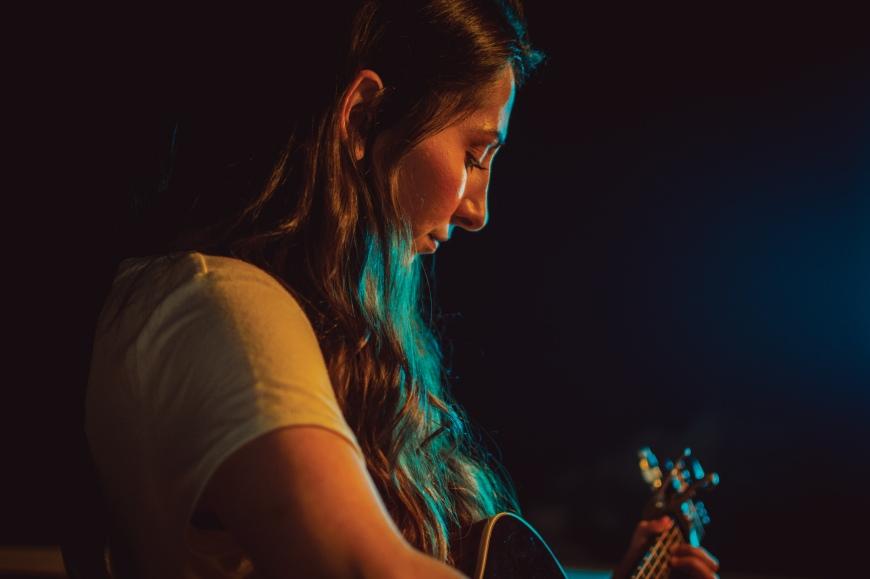 Singer/Songwriter, Jess Jocoy, photographed by Luis Gonzalez of Neon Leaf Media